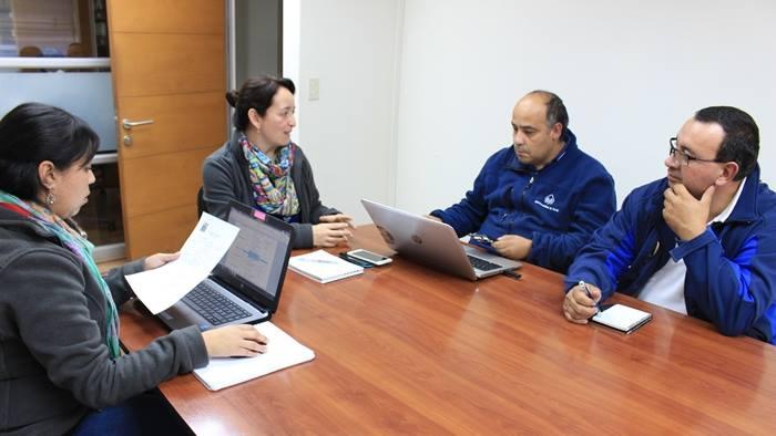 Municipio de Pucón se reúne con ONEMI para actualizar Plan de Emergencia Volcánica