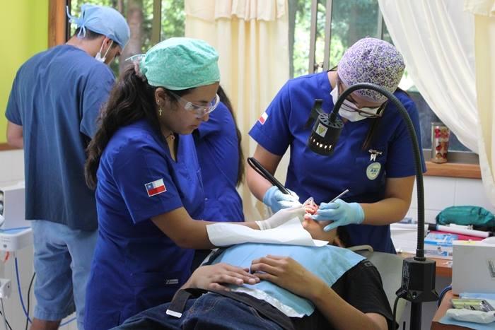operativos odontológicos en el sector rural de Pucón