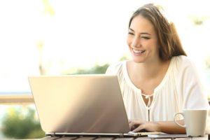 Municipio de Pucón creará plataforma web de venta y promoción para emprendedores y comerciantes