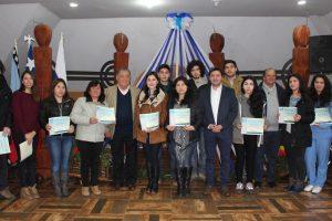 Municipio de Pucón entregará 235 becas a estudiantes universitarios