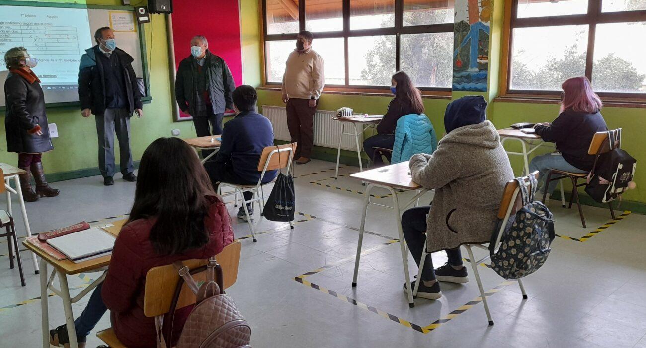 El 30 por ciento de la matrícula de colegios municipales retornaron a clases este lunes en Pucón
